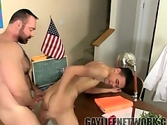 Thick live teacher fucks twink in vestibule