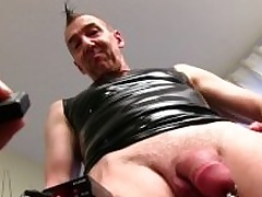 Mature Straight from the shoulder Guy Marc Masturbating