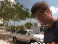 Moonless dude gives handjob
